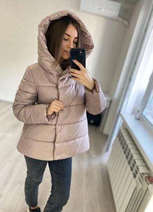 Пудровая свободная демисезонная (весенняя - осенняя) куртка от производителя