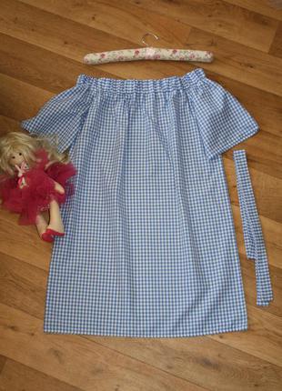 Стильное молодежное платье.