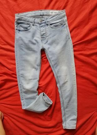 Красивые мужские джинсы скинни denim co 30/30 в очень хорошем состоянии
