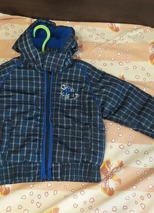 Осенняя курточка на мальчика размер 86 см