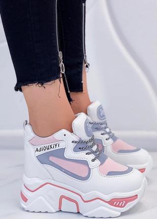 Новые шикарные женские кроссовки сникерсы