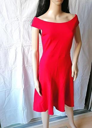 Красное платье со спущенными плечами mint&berry к088