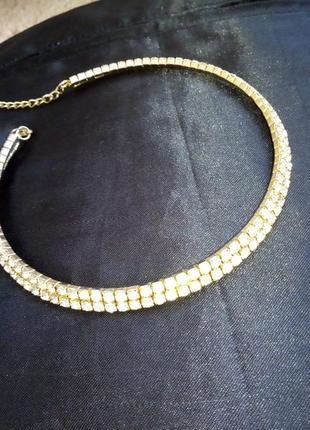 Ожерелье на шею с камнями