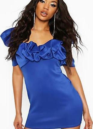 Boohoo. товар из англии. мини платье с шикарными воланами.