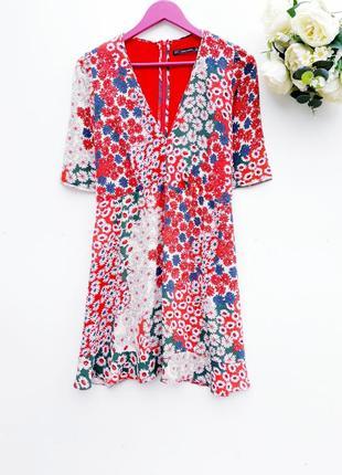 Красивое платье от zara в цветочный принт вискоза очень красивое платье