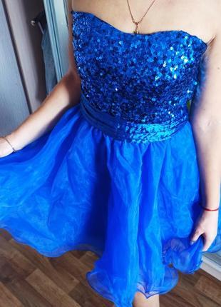 Нарядное выпускное платье в пайетках верх без шлеек цвет индиго синий размер м 44