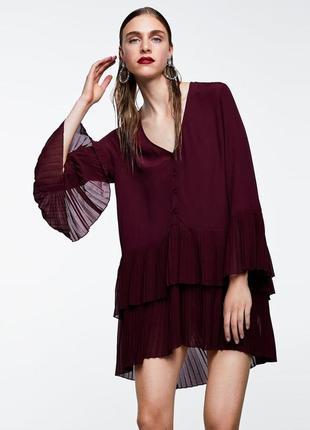 Очень крутое платье / блуза / туника с плисеровкой от zara.