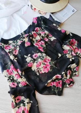 Трендовая блуза в цветочный принт с бантом