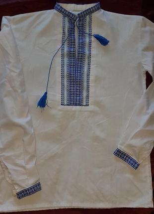 Вышиванка  синими нитями на 10-13 лет