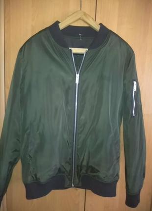 Куртка. бомбер
