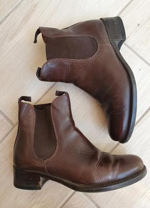 Шкіряні демісезонні черевики
