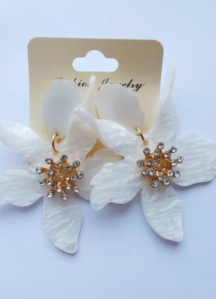 Красивые серьги цветы из перламутра