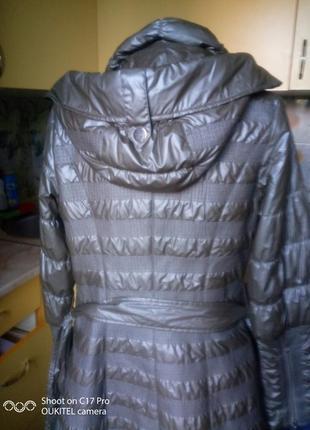Осеннее пальто с капюшоном