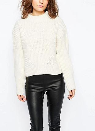 Ультрамодный фактурный свитер asos с обьемными рукавами