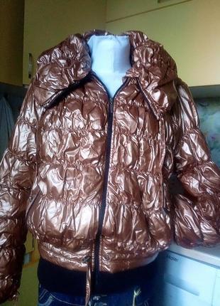 Стильная куртка,,из непромокаемой плащевки