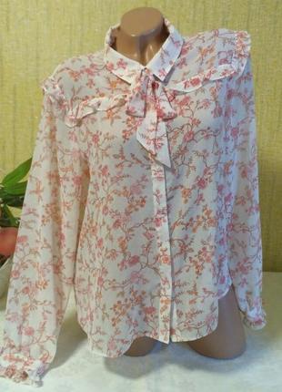 Красивая нежная шифоновая блуза в цветы
