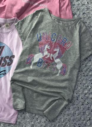 Меланжевая хлопковая футболка с принтом единорогов и блестками primark