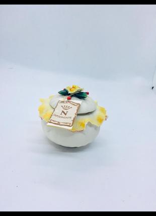 Capodimonte италия фарфор шкатулка цветок вазон