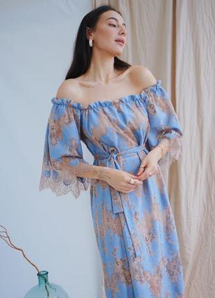 Платье голубой цвет