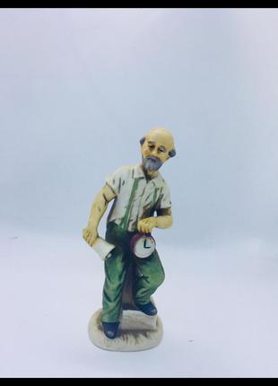 Capodimonte италия неаполетанский фарфор статуэтка мужчина часовщик