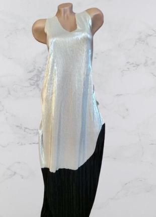 Красивое длинное платье плесье
