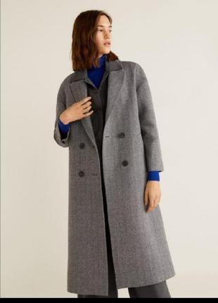 Стильное шерстяное пальто миди серое от mango