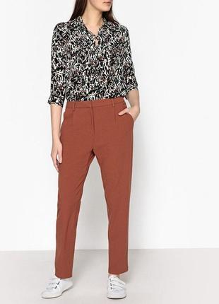 Вискозные зауженые брюки цвета красного кирпича samsoe samsoe оригинал