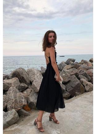 Роскошное коктейльное платье с открытой спиной украинского бренда weannabe