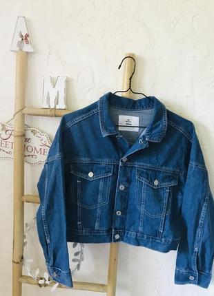 Стильная укороченная джинсовка джинсовый пиджак
