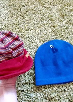 Легкая демисезонная куртка шапка