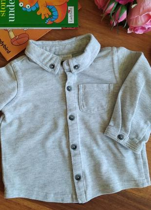 Классная трикотажная рубашка для малыша ff на 6-9 месяцев.