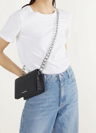 Crossbody bag сумка bershka чёрная новая женская с цепочкой
