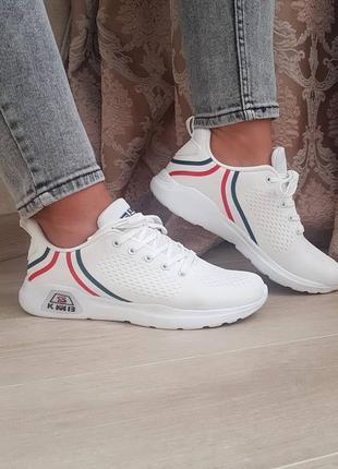 Женские кроссовки,супер легкие