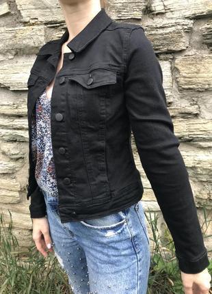 Джинсовая куртка , джинсовый пиджак новый с биркой бренда even &odd