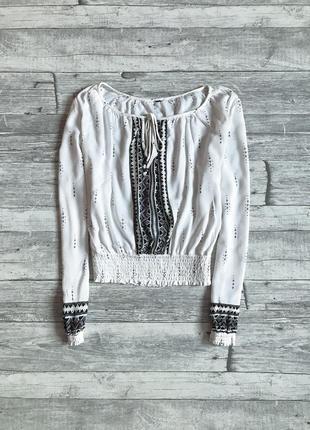 Красивая блуза вышиванка