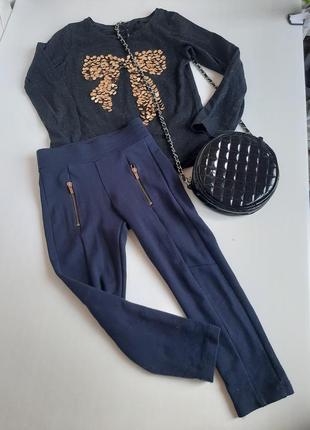 Комплект брюки и реглан на 5-6 лет джинсы футболка с длинным рукавом