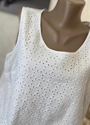 Красивенькая белая майка блуза в етно стиле большого размера