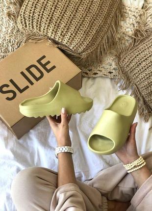 Шикарные тапочки унисекс adidas yeezy slide resine
