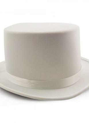 Шляпа цилиндр джентльмена или фокусника - белая фетровая