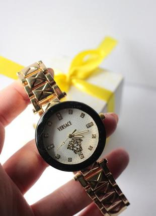 Новые часы в стиле versace