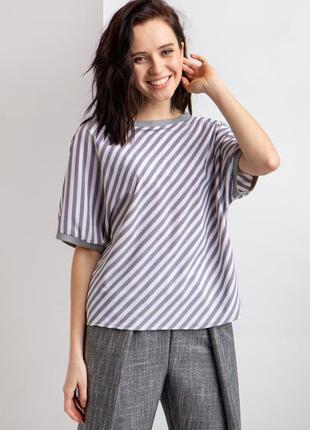 Шелковистая блуза прямого кроя в серо-белую полоску 🔥скидки до 10.08🔥