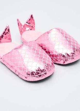 Тапочки  с хвостиком рыбки