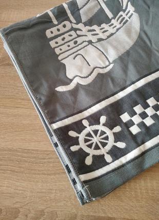 Пляжное полотенце стёганое тёмно-серого цвета