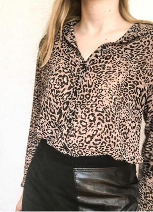 Легкая блуза с леопардовым принтом