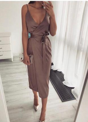 Платье из шелка❣️