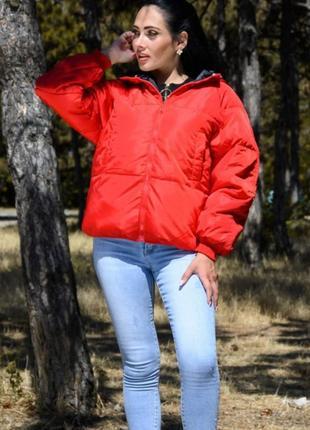 Стильная женская куртка короткая двухсторонняя
