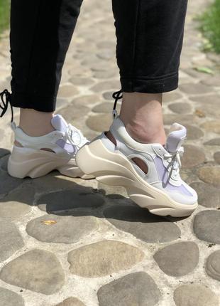 Женские летние белые кроссовки
