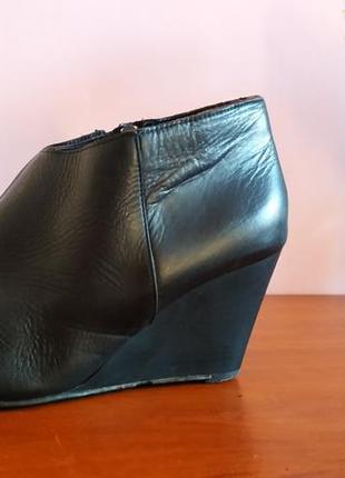 Шкіряні черевики (ботильйони)
