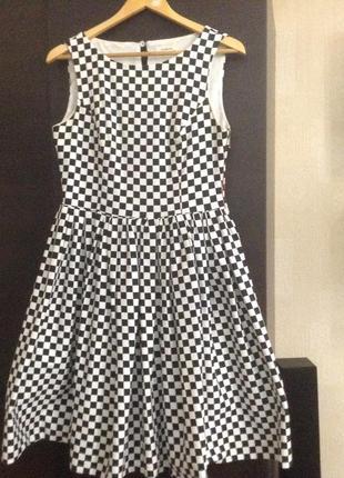 Супер платье в клетку domena