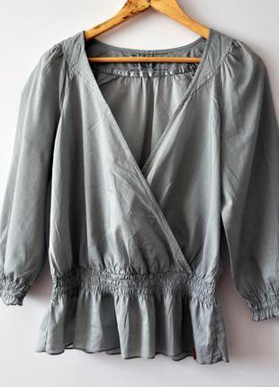 Стильна і універсальна блуза